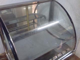 Estufa Elétrica funcionando perfeitamente, de 110VTS...