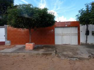 Casa na Avenida Perimetal - Caldas do Jorro