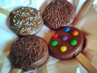 Pirulito de chocolate trufado