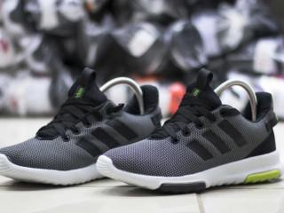 Tênis Novo Adidas