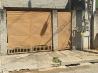 Vende-se casa no São Gonçalo