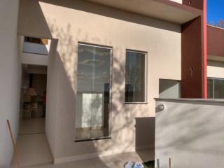 Linda casa nova estilo moderno