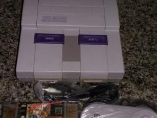 Super Nintendo + 1 controle + 1 jogo + 1 fonte em perfeito estado