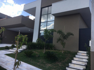 Casa nova no Golden Park