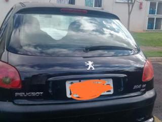 Vendo um Peugeot 206