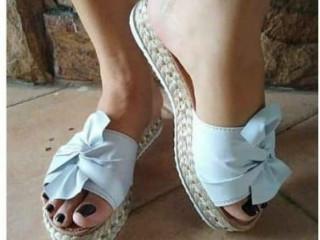 Vendo Sandálias Flatform!