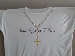 Camisa religiosa