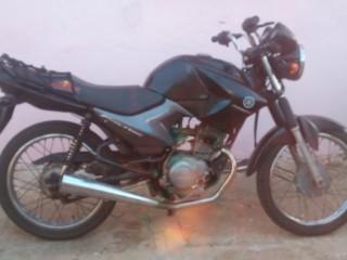 Vendo uma moto ybr 125 cilindrada no valor $3.500