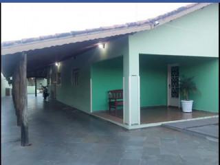 Casa em Pirajuí na vila Abel.