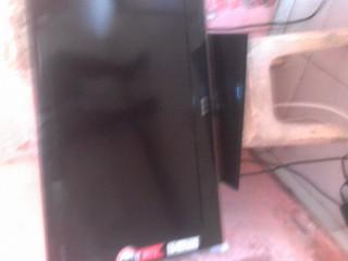 Vendo  TV cce de 32 polegadas