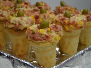 Aceita se encomendas de mini pizza de cone com o melhor preço da regiã
